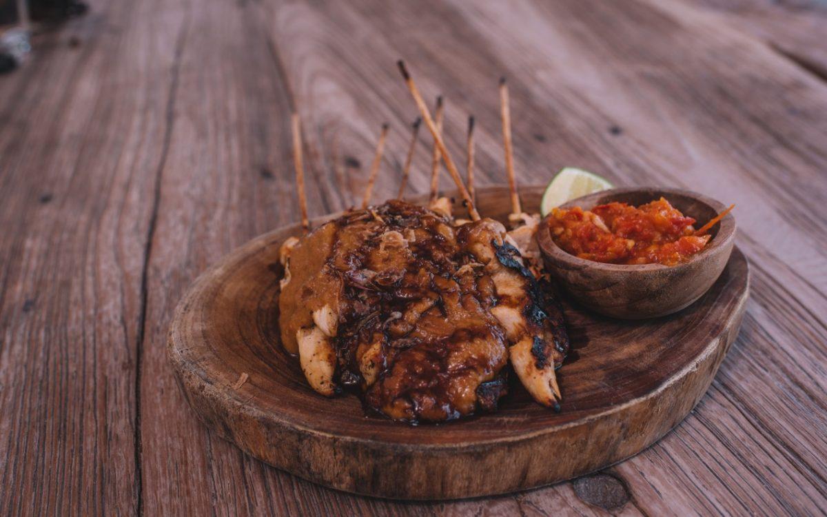 Sate ayam / tempeh Warung Ithaka Cocobeli