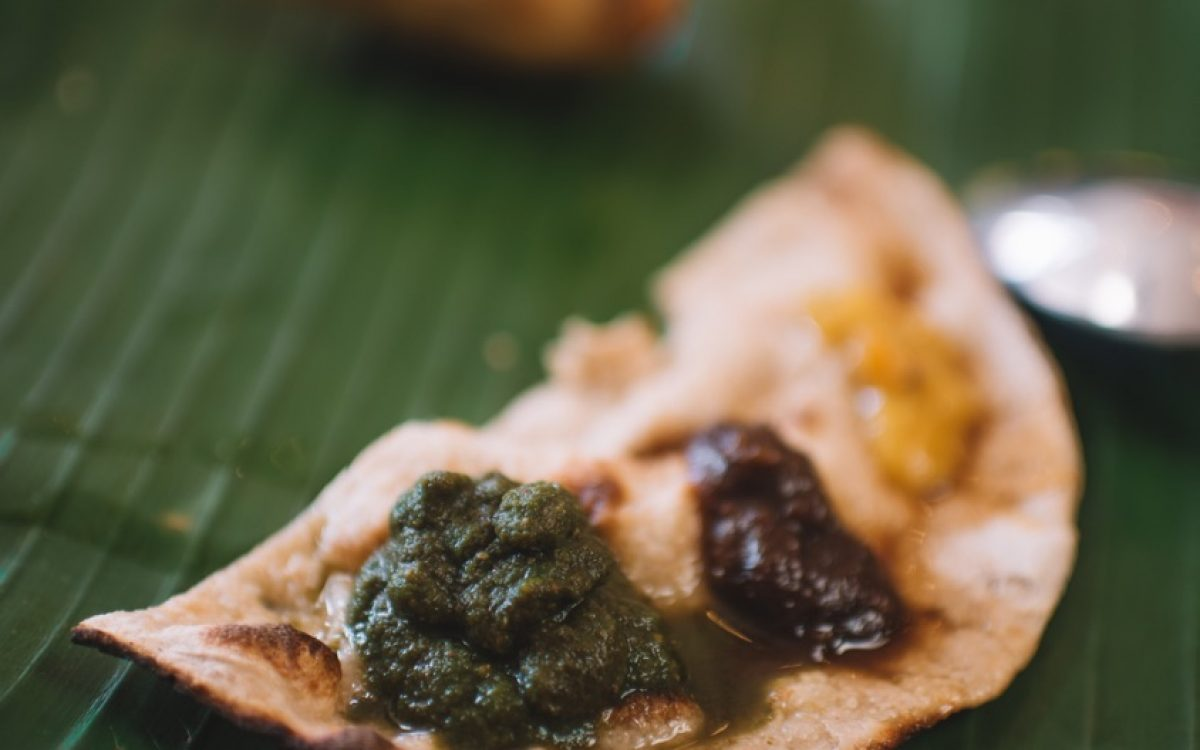 CORIANDER MINT CHUTNEY Roti Daal Cocobeli