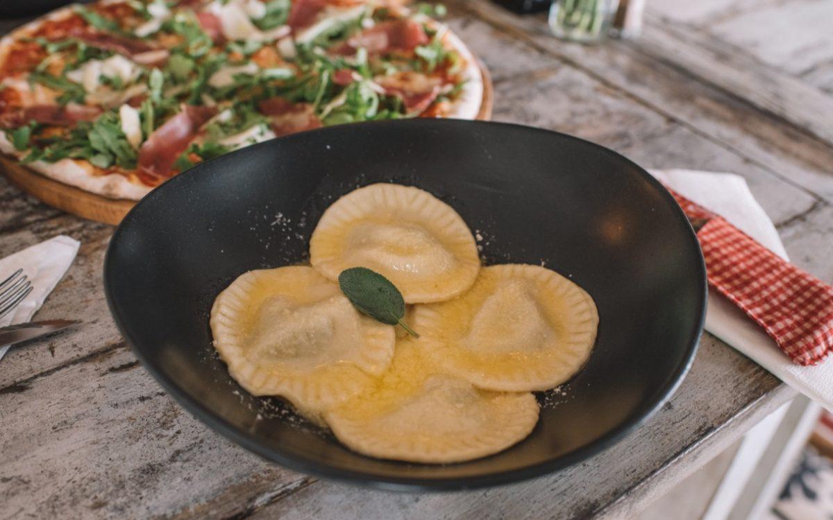 Ravilo Ricotta & Spinach Rolling Fork Cocobeli