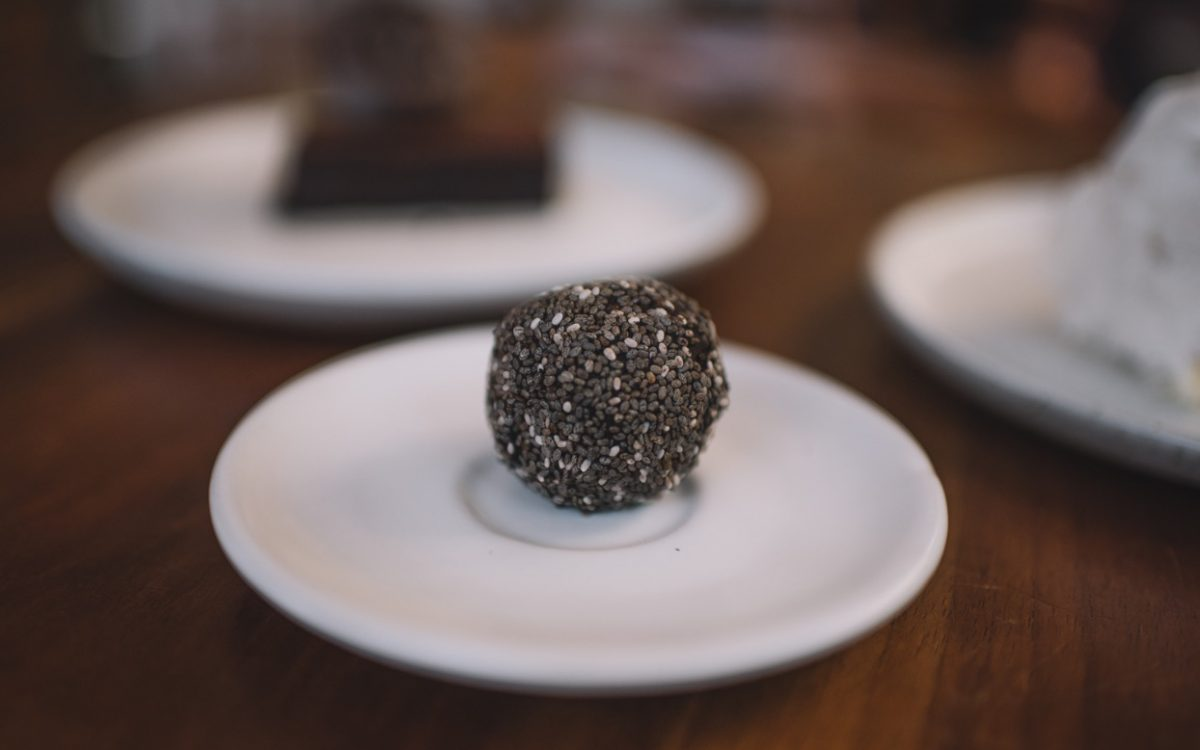Chocolate-orange truffle Bella by sage cocobeli
