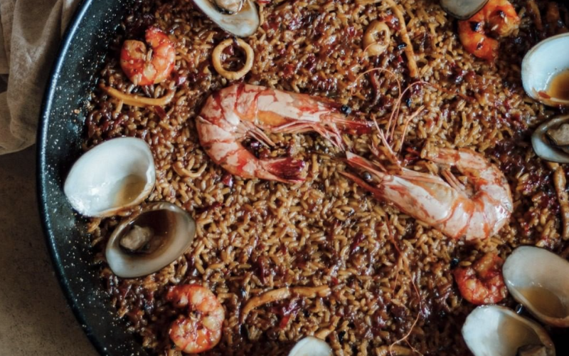 Seafood Paella Cocobeli