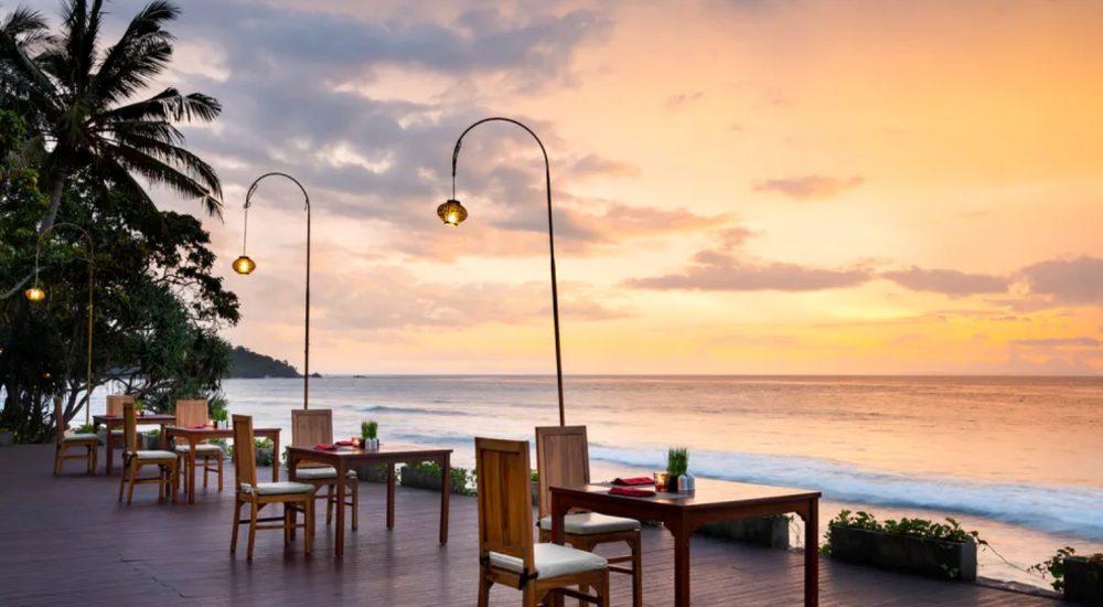 Holiday resort lombok Kayangan Restaurant Cocobeli