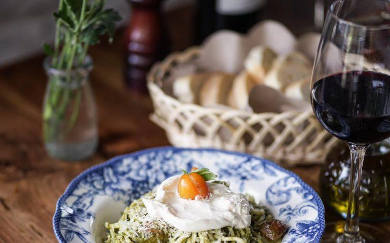 Spaghetti pesto & burrata rolling fork cocobeli